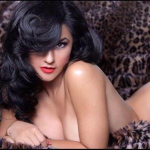Vegas Burlesque Sweetheart Melody Sweets Returns to Smith Center